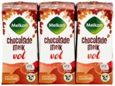 Chocolademelk vol product foto