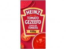 Tomato gezeefd product foto