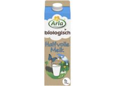 Biologische halfvolle melk product foto