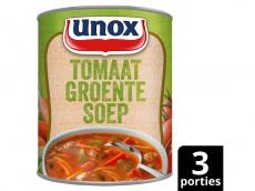 Stevige tomaten groentesoep product foto