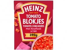 Tomato blokjes met knoflook product foto