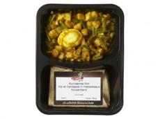 Surinaamse roti met kip en aardappel product foto