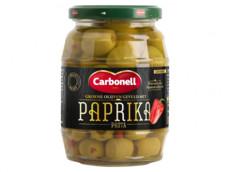 Groene olijven paprika product foto