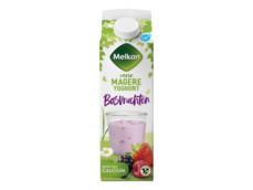 Magere yoghurt bosvruchten product foto