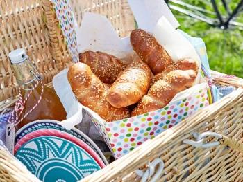 Arabische worstenbroodjes product foto